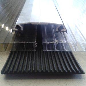 Klämprofil i aluminium med gummipackningar