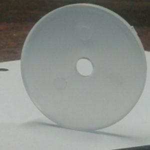 Genomskinliga plastlockor för att täcka skruvhuvuden